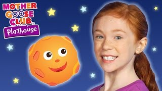 Two Girls See Alien | Rocket to Mars | Mother Goose Club Playhouse Kids Video