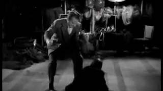 James Cagney en combate en SANGRE SOBRE EL SOL (BLOOD ON THE SUN, 1945, Cinetel)