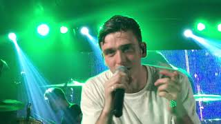 Lauv - I Like Me Better (Live) - UP Town Center