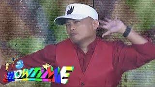 It's Showtime: Andrew E raps 'Humanap Ka Ng Pangit'