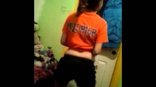 Linaa My Red Nose Dancing Video No Rude Comments