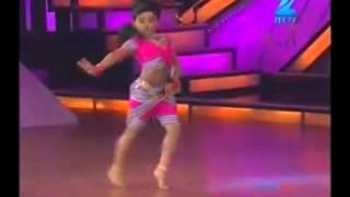 baby girl amazing dancing - chikni chameli - shihabmeethal