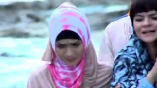 VIDEO CLIP DUNIA SEMENTARA AKHIRAT SELAMANYA,OST. SINETRON HATI HATI DENGAN HATI - iPhone.m4v