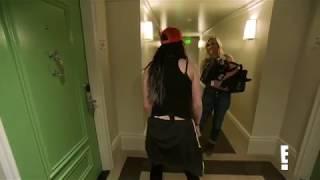 TOTAL DIVAS! Paige Twerks in the Hotel Room....HOT!!!