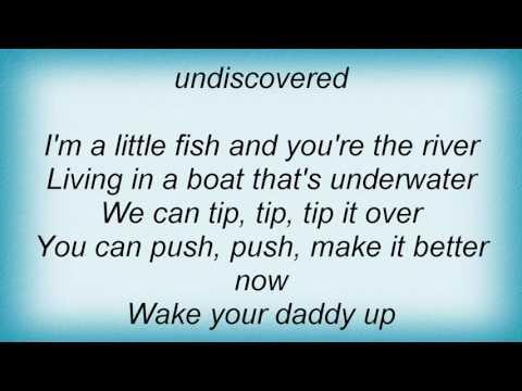 Talking Heads - Totally Nude Lyrics