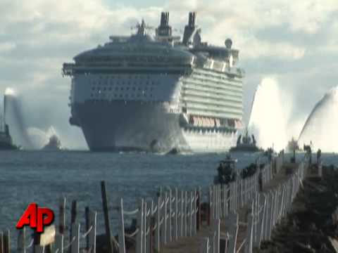 Raw Video: World's Largest Cruise Ship