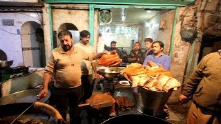 LAHORI FISH FRY WITH EXTRA TASTE | LAHORE FOOD STREET TOUR | VLOG | |