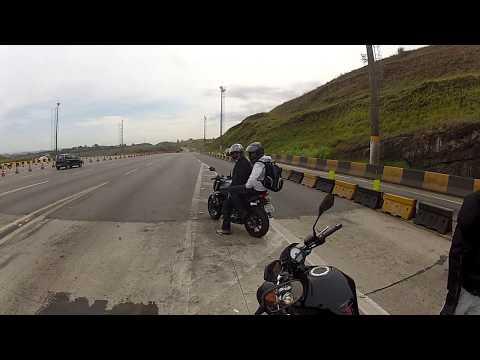 ACIDENTE CINEMATOGRÁFICO COM MOTO QUASE TERMINA EM TRAGÉDIA . 20 10 2012