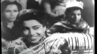 Aahen na bhari shiqwe na kiye..Zeenat 1945..a tribute