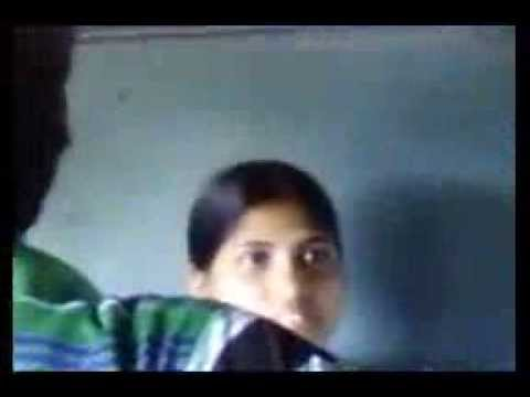 indian mms taint in train group of boys with one girl masti