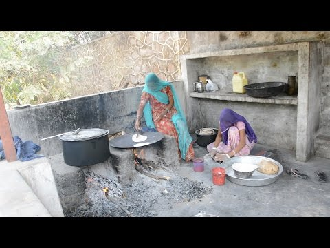 Tasty Food Preparing by Village Woman in Bhinmal,Rajasthan,India.भीनमाल.Rajasthani cooking in india