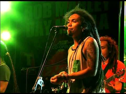 ENGKANTO - Tubig Alat (Bob Marley Day Manila 2014)