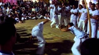 Raízes do Brasil Capoeira Pipa-RN 2014 Mestre Papagaio