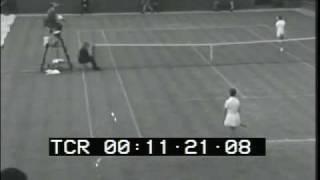 Nancy Richey vs. Faye Toyne 1966