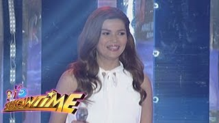 It's Showtime Singing Mo 'To: Donna Cruz sings