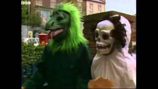Eastenders Halloween Trick or Treat Bottom Richie & Eddie