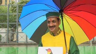 """شاهد: أمير هندي يشارك مع الآلاف في تظاهرة """"فخر المثلية"""" في هونغ كونغ…"""