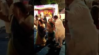 Super Dance for old momen