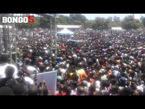 Xxx Mp4 Kanumba S Funeral Jeneza La Kanumba Likiondoka Leaders Club 3gp Sex