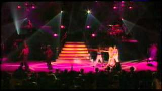 Britney Spears  Born To Make You Happy. live in paris
