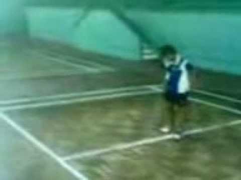 badminton girl 12 years old.3gp
