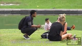 Funny bangla video-------Speaking Bengali with strangers(GOLD FISH)