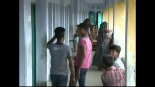 Bangladesh Cyclone Kills Six