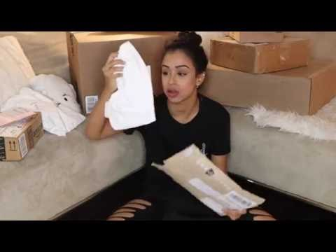IS THIS LEGAL TO MAIL?!? P.O. Box Opening | Liza