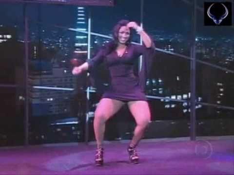 La Garota mas Sexy de Brasil Bailando en Television que Hermosa
