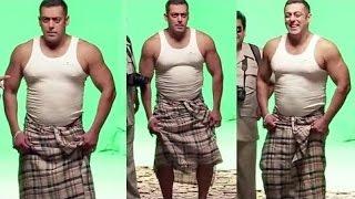 Salman Khan's Lungi Dance for New Advertisement | SpotboyE