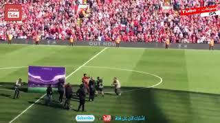 محمد صلاح يحتفل مع بنته مكة بجائزه هداف الدوري الإنجليزي  32 هدف 🇪🇬 😍