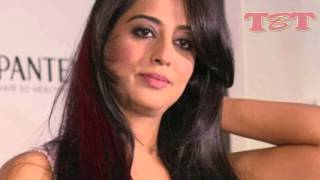 OMG! Mahi Gill Hot Intimate Scenes | Sexy Pictures