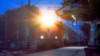 INTERNATIONAL TRAIN MAITREE EXPRESS  both BANGLADESH & INDIAN TRAIN.