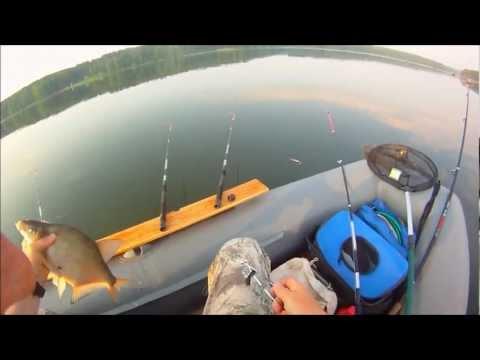 удочка для ловли с резиновой лодки