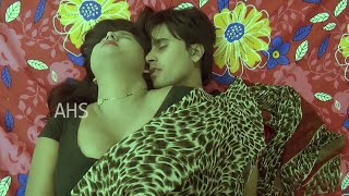 Indian Housewife Hot Romance with Boyfriend when husband is sleeping