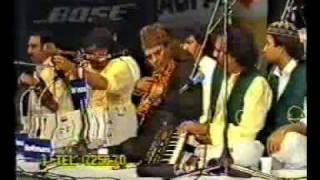 Sabri Brothers- Aay Hain Woh Mazar Pe Part1