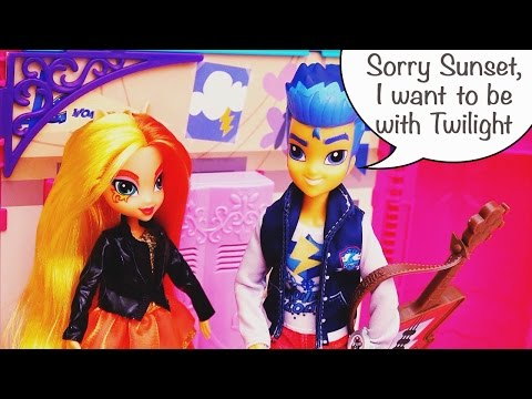Equestria Girls Toys & Dolls Sunset Shimmer Wants to Get Back With Flash Sentry He Turns Her Down