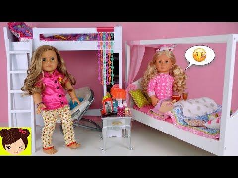 Xxx Mp4 Mi Muñeca Esta Enferma Y La Cuidamos En Su Habitacion Con Litera Juguetes De American Girl 3gp Sex