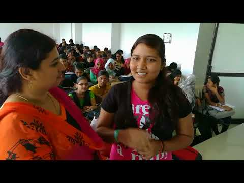 English class to PUC 2  science  students of Govt. College Gulbarga  by Shanthi Desai