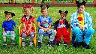 Cinco monitos saltaban en la cama | Canciones infantiles | LETSGOMARTIN
