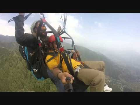 Ashutosh Kulkarni - best paragliding video in India at bir-billing in Himachal Pradesh. First Part