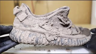 Cleaning The Dirtiest Yeezy