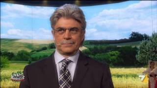 Crozza nel Paese delle Meraviglie - Crozza-Razzi il Senatore  Re di Pescara