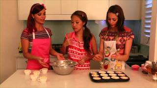 Hi-5 Girls making cupcakes