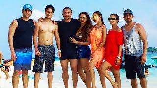 Salman Khan Family Having Fun In Maldives - Ahil