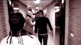 Pitbull.feat.Sensato-Latinos In Paris [Official Music Video].mp4