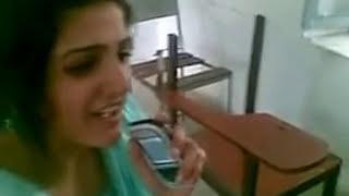 Desi Girl Singing - Awesome Voice