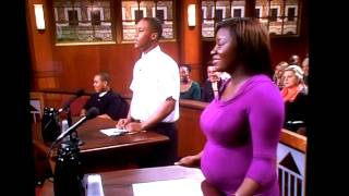 Judge Judy: Bailiff's Priceless Facial Expression in Response to an Incoherent Plaintiff