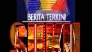 BANGKANG DARI LONGKANG MEDIA MASSA BERAT SEBELAH