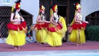 Hula dancer loses grass skirt at Beach Cove Resort